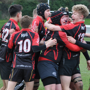 Rugby-U16-celebrating-win